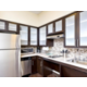 1 BDRM Suite 2 Queen ADA Kitchen