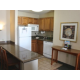 Kitchenette with Breakfast Bar