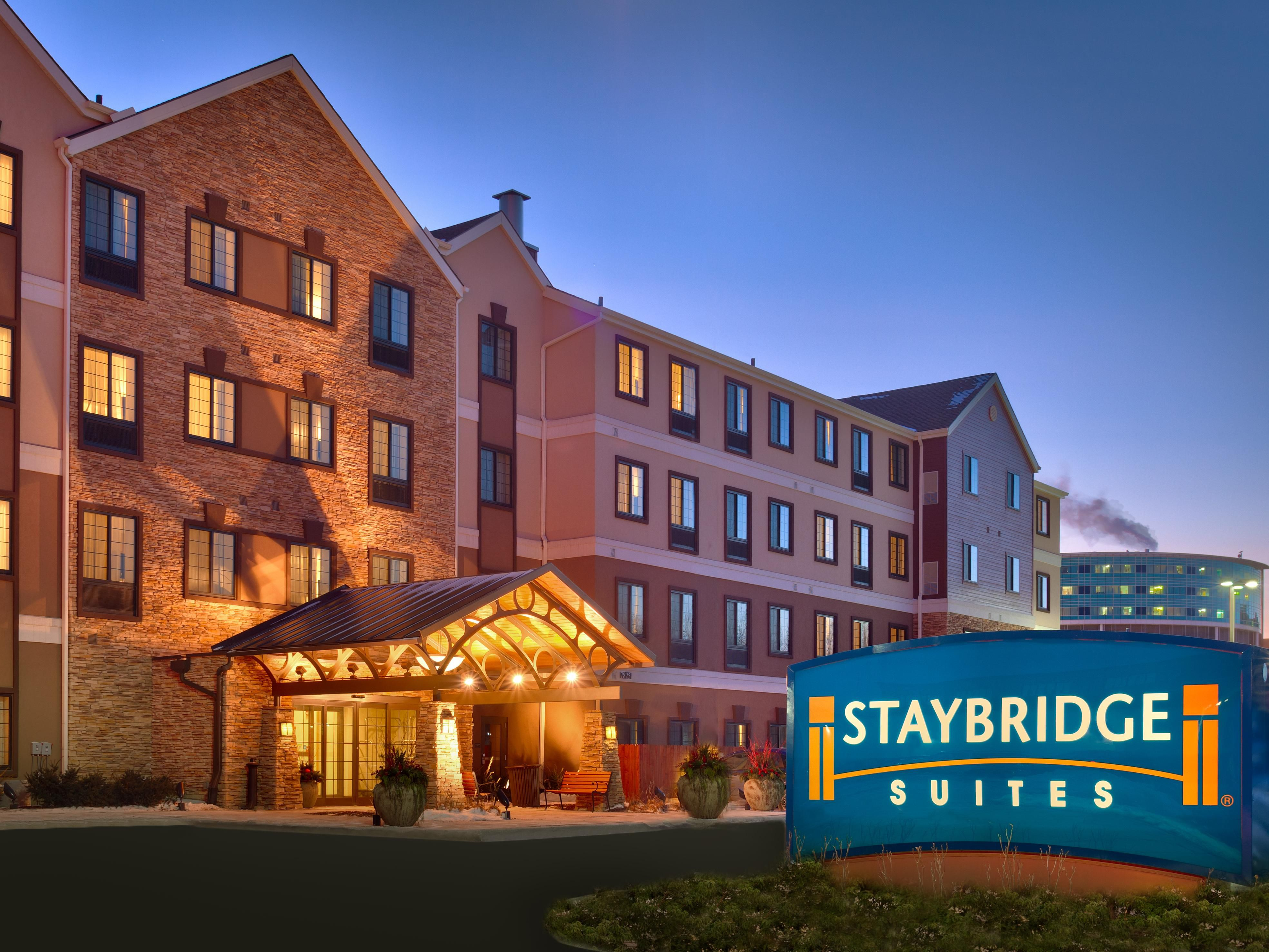 Omaha Hotels Staybridge Suites 80th And Dodge Extended Stay Hotel In Nebraska