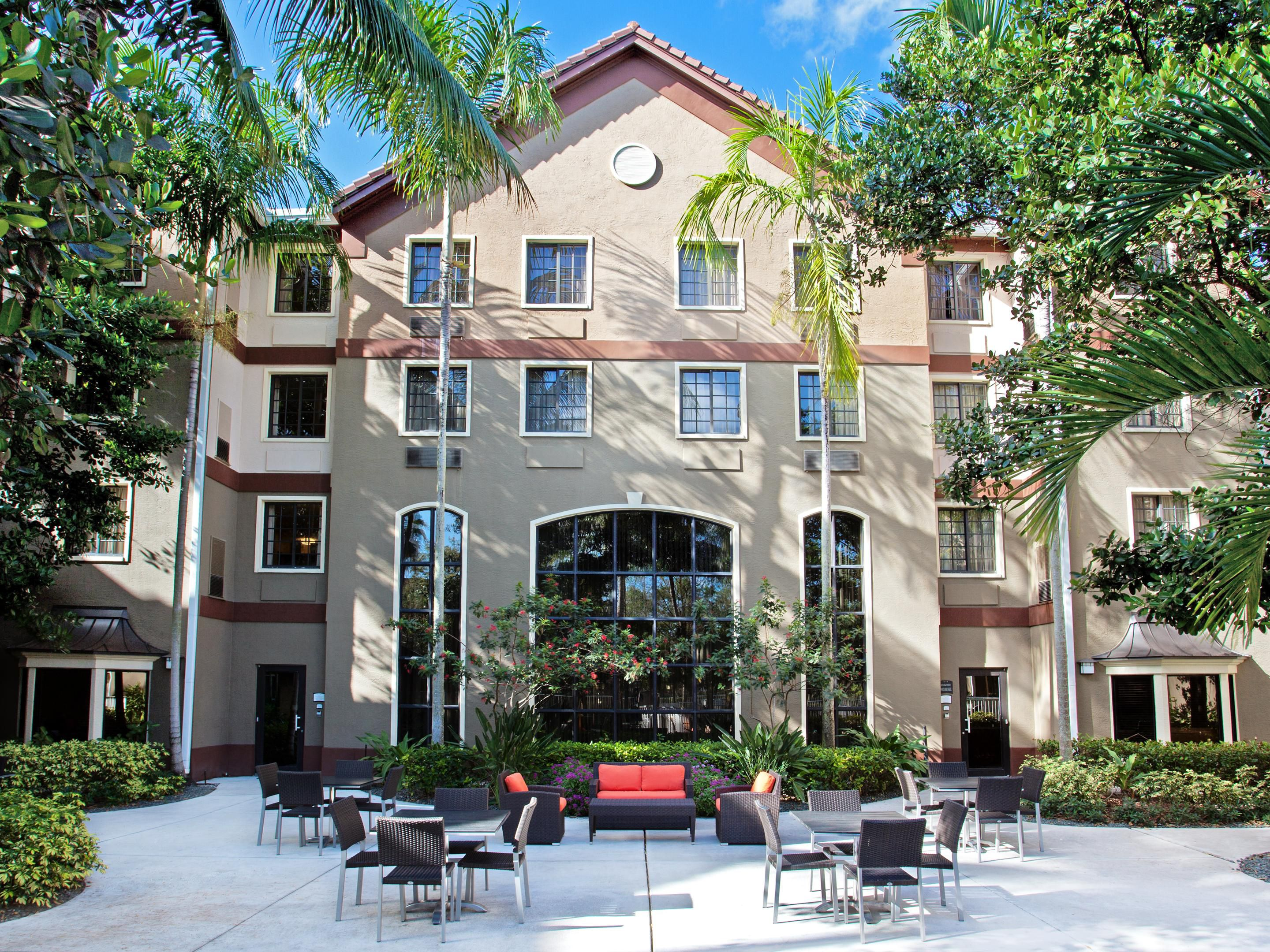 Plantation Hotels Staybridge Suites Ft Lauderdale Extended Stay Hotel In Florida