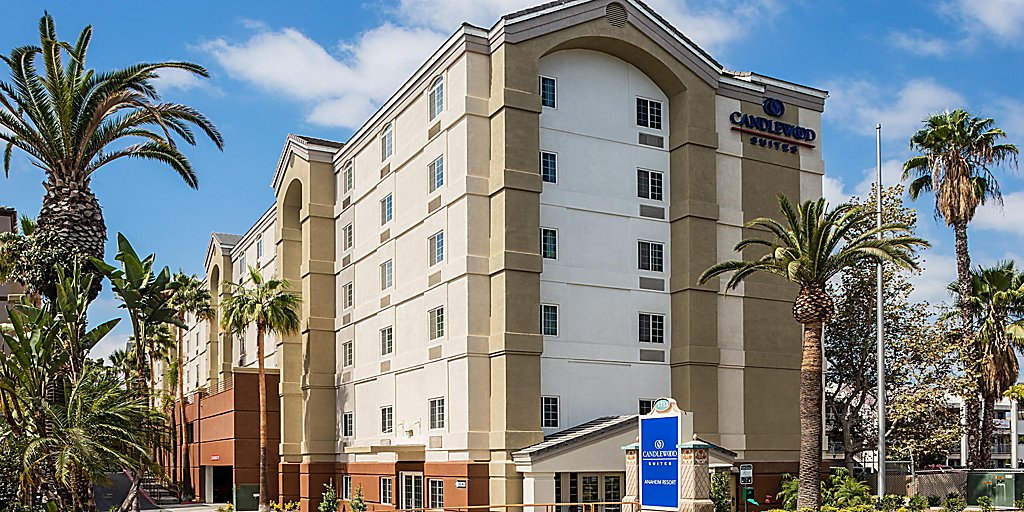 Hotels with Kitchen near Disneyland | Candlewood Suites