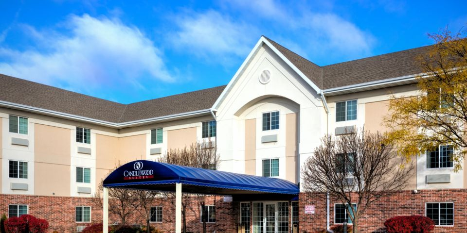 Hotels In Leton Wi Near College Ave Newatvs Info