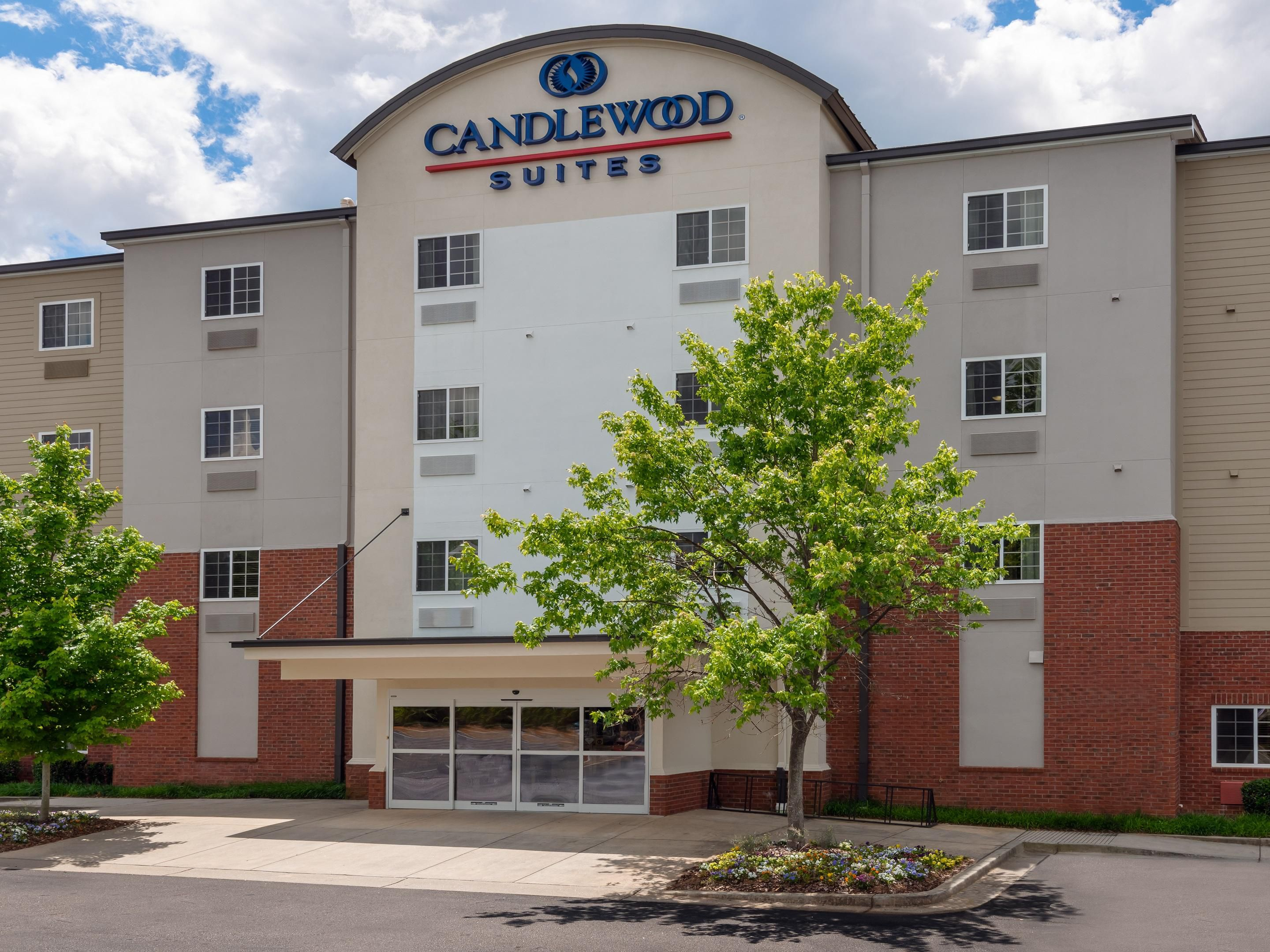 on candlewood suites locations map