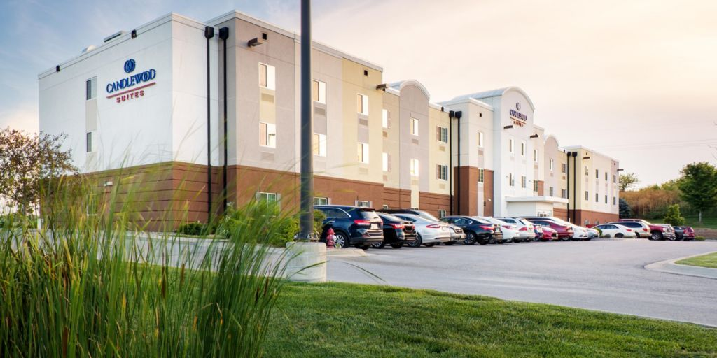 Welcome To The Candlewood Suites Bellevue