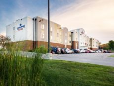 Candlewood Suites Bellevue in Council Bluffs, Iowa