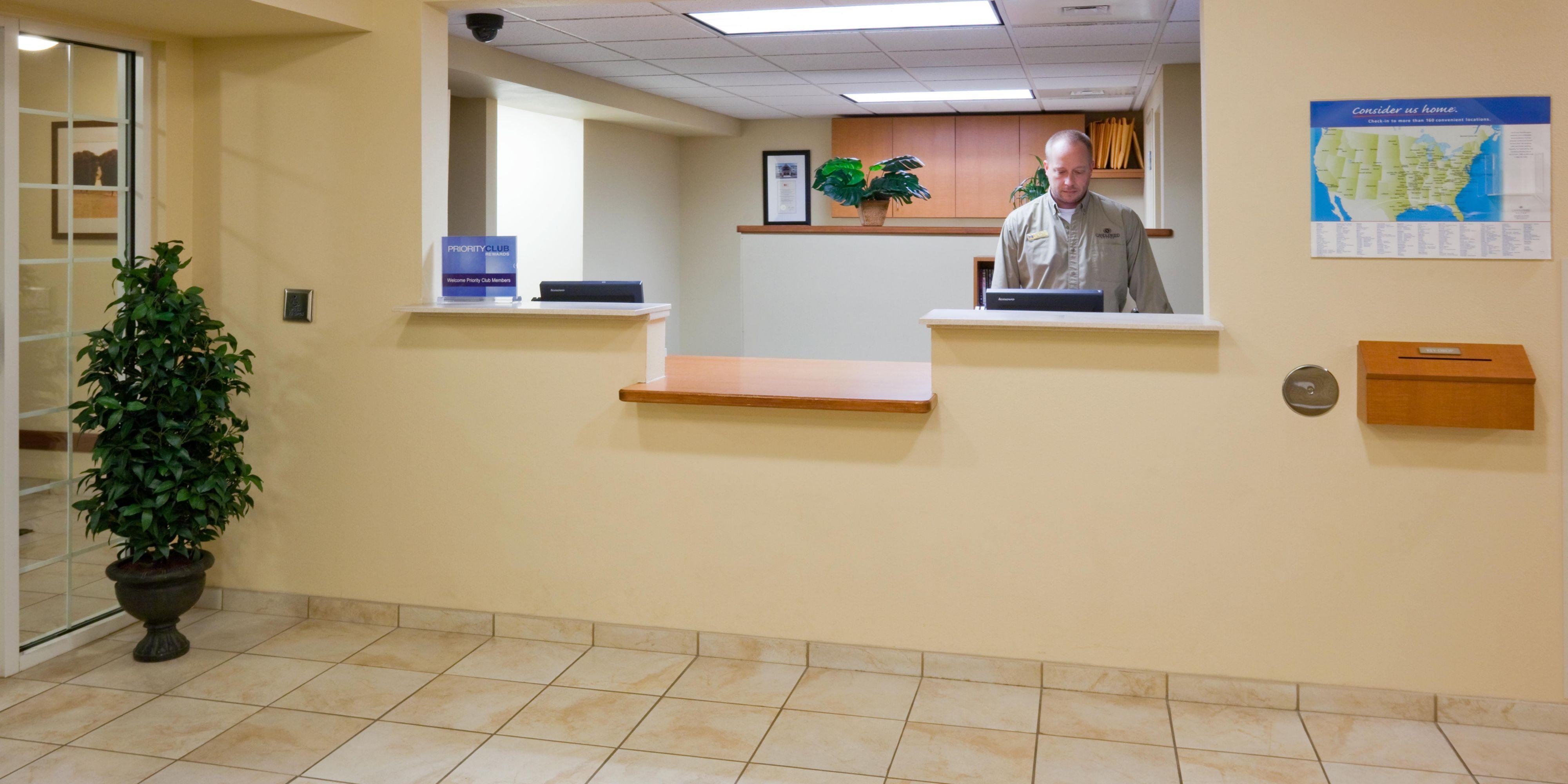 extended stay hotel in brown deer wi candlewood suites milwaukee rh ihg com