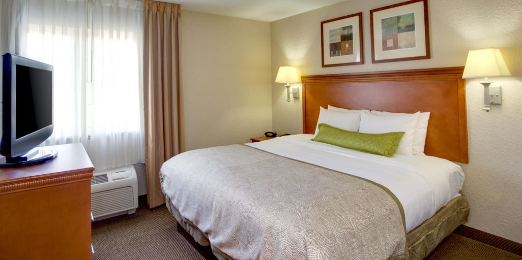 Chesapeake Hotels: Candlewood Suites Chesapeake/Suffolk - Extended ...