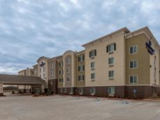 Candlewood Suites Midwest City in Norman, Oklahoma
