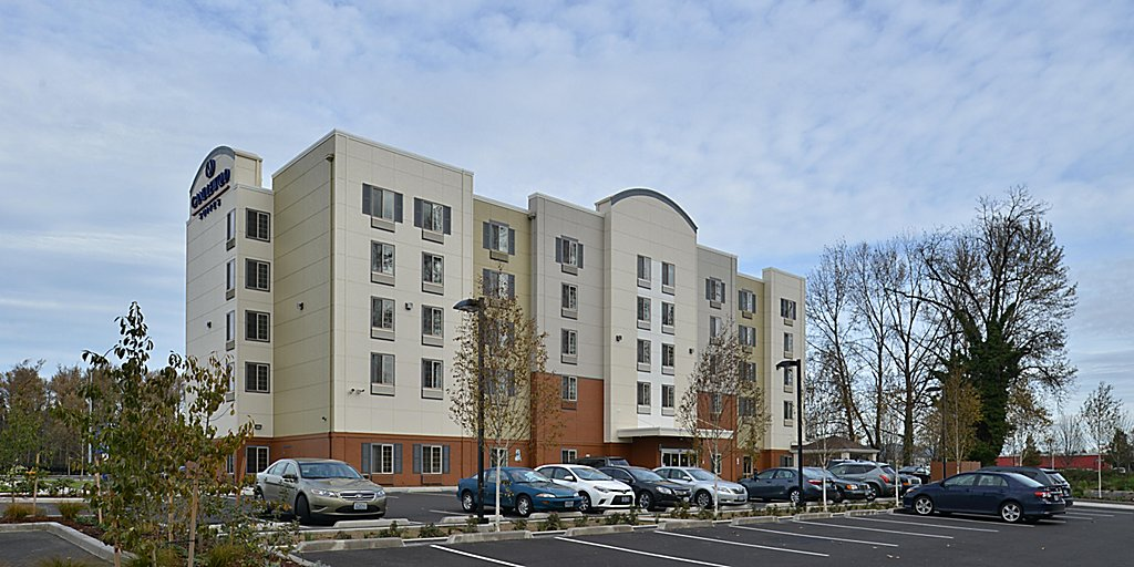Candlewood Suites Eugene Springfield - Extended Stay Hotel