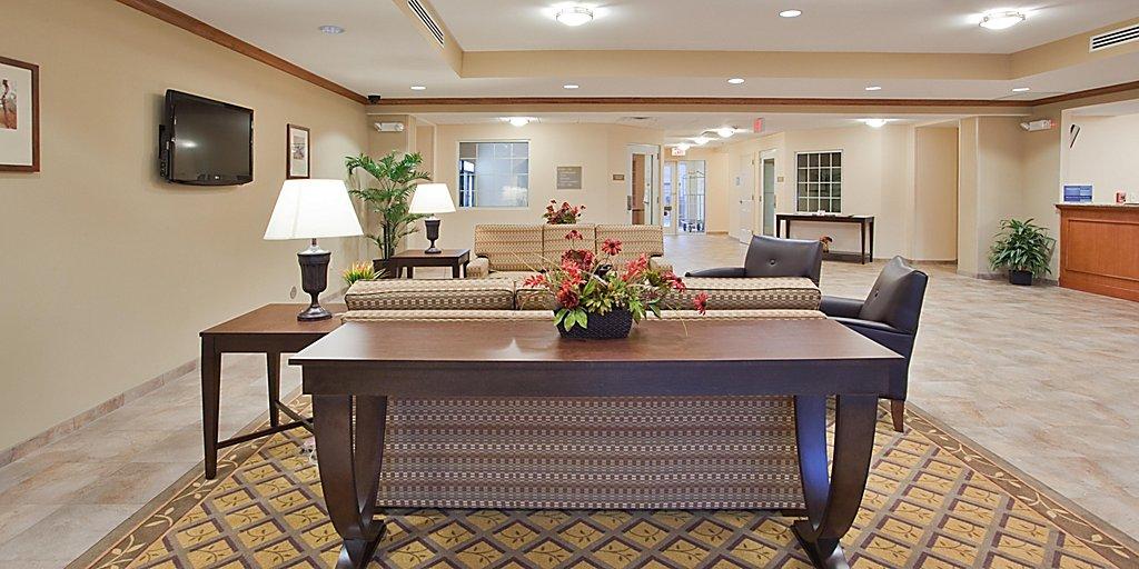 Fayetteville Hotels: Candlewood Suites Fayetteville Fort Bragg