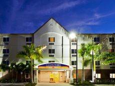 Candlewood Suites Fort Myers-Sanibel Gateway in Bonita Springs, Florida
