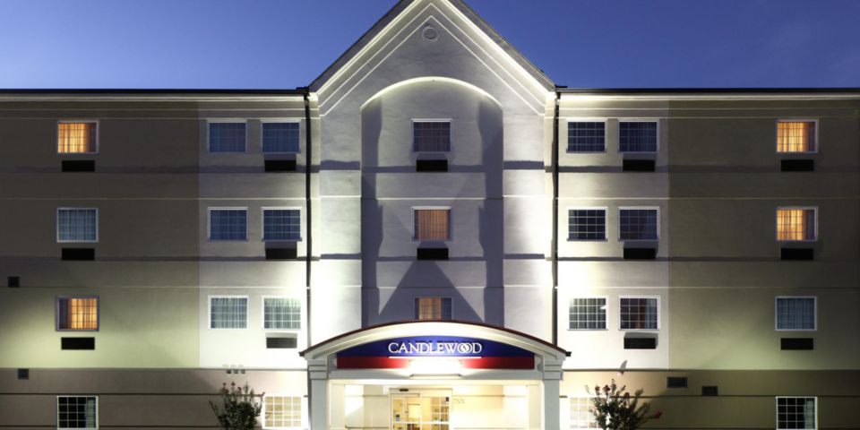 Candlewood Fort Smith Hotel Exterior
