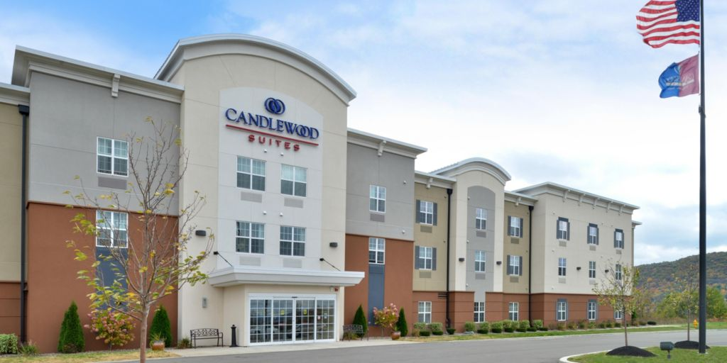 Entrance Hotel Exterior Welcome To The Candlewood Suites Horseheads Ny
