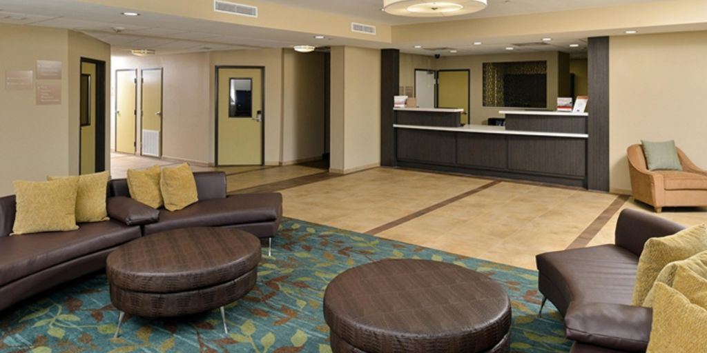 Ious Hotel Lobby Relax And Enjoy Your Stay In Houma