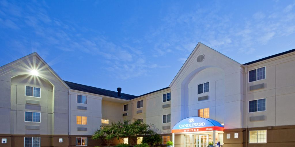 Houston Hotels Candlewood Suites At Citycentre Energy Corridor Extended Stay Hotel In Texas