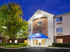 Candlewood Suites Huntersville-Lake Norman Area in Salisbury, North Carolina