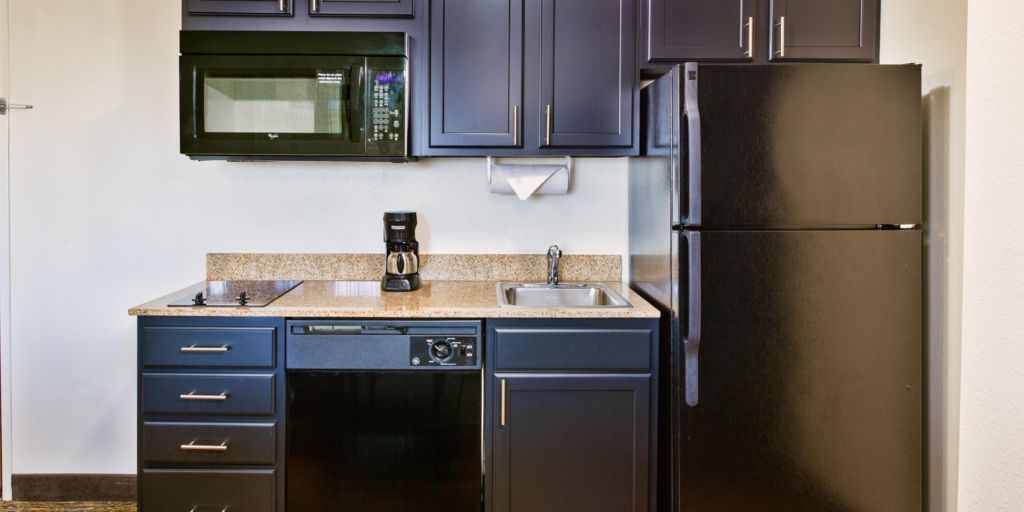 Indianapolis hotels candlewood suites indianapolis airport hotel lobby kitchen suite one bedroom workwithnaturefo