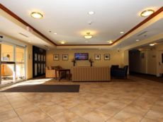 Candlewood Suites Kansas City Airport in Independence, Missouri