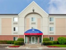 Candlewood Suites Chicago/Libertyville in Kenosha, Wisconsin