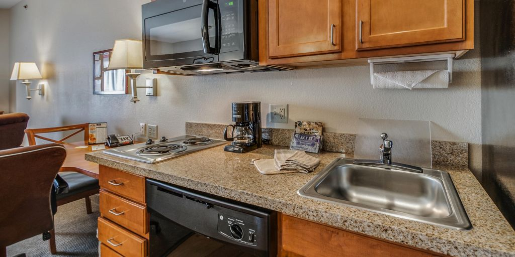 Longview Hotels: Candlewood Suites Longview - Extended Stay Hotel in ...