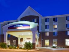 Candlewood Suites Madison - Fitchburg in Deforest, Wisconsin