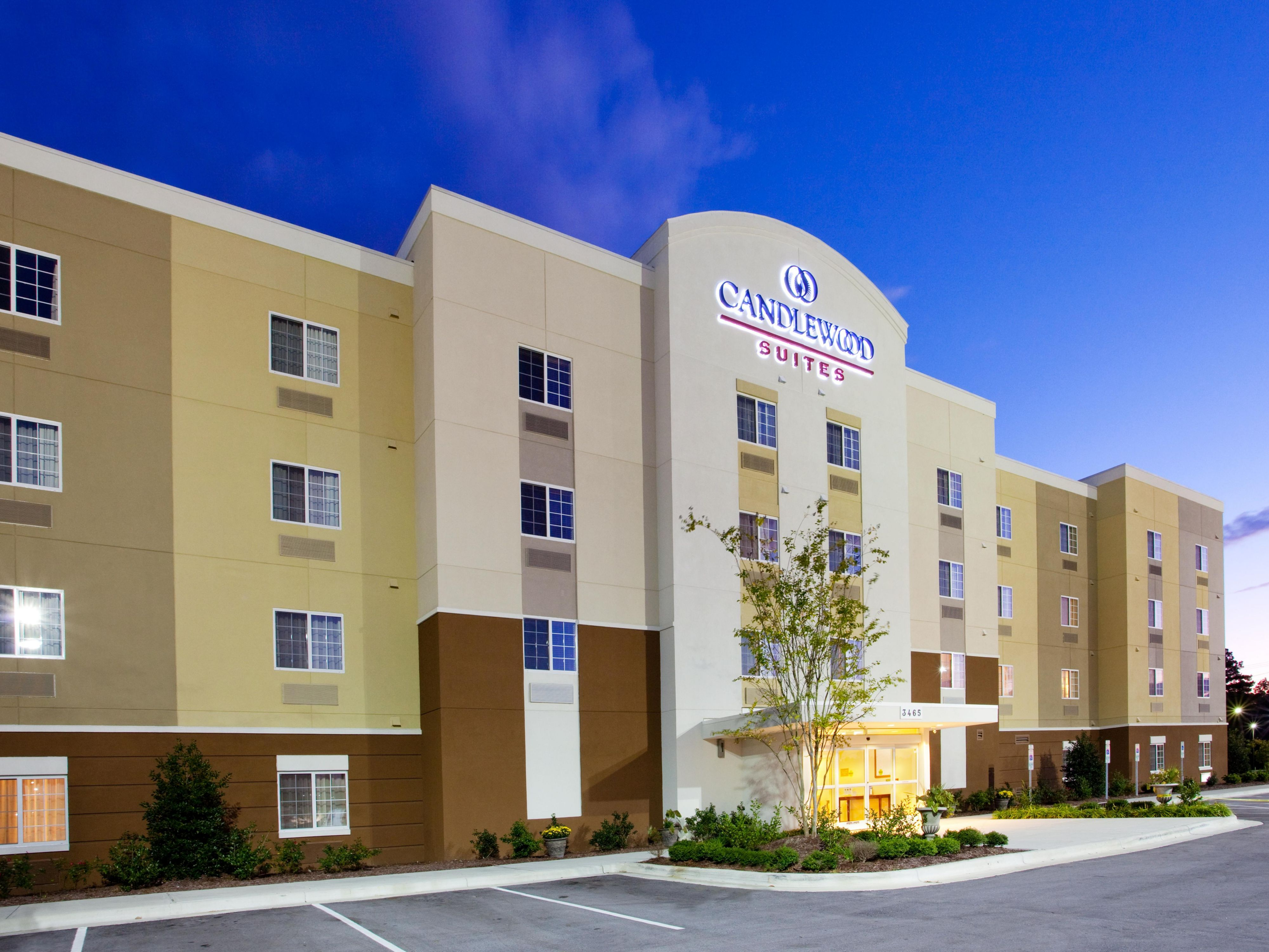 Pet Friendly Hotels In Havelock Nc Find Dog By Ihg