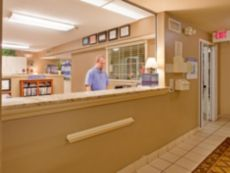 Candlewood Suites Kansas City-Overland Park in Lawrence, Kansas