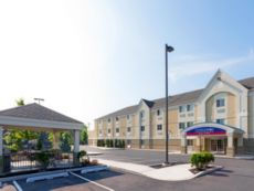 Candlewood Suites Secaucus - Meadowlands in Jersey City, New Jersey