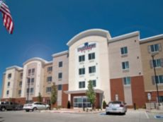 Candlewood Suites Sioux Falls in Brandon, South Dakota