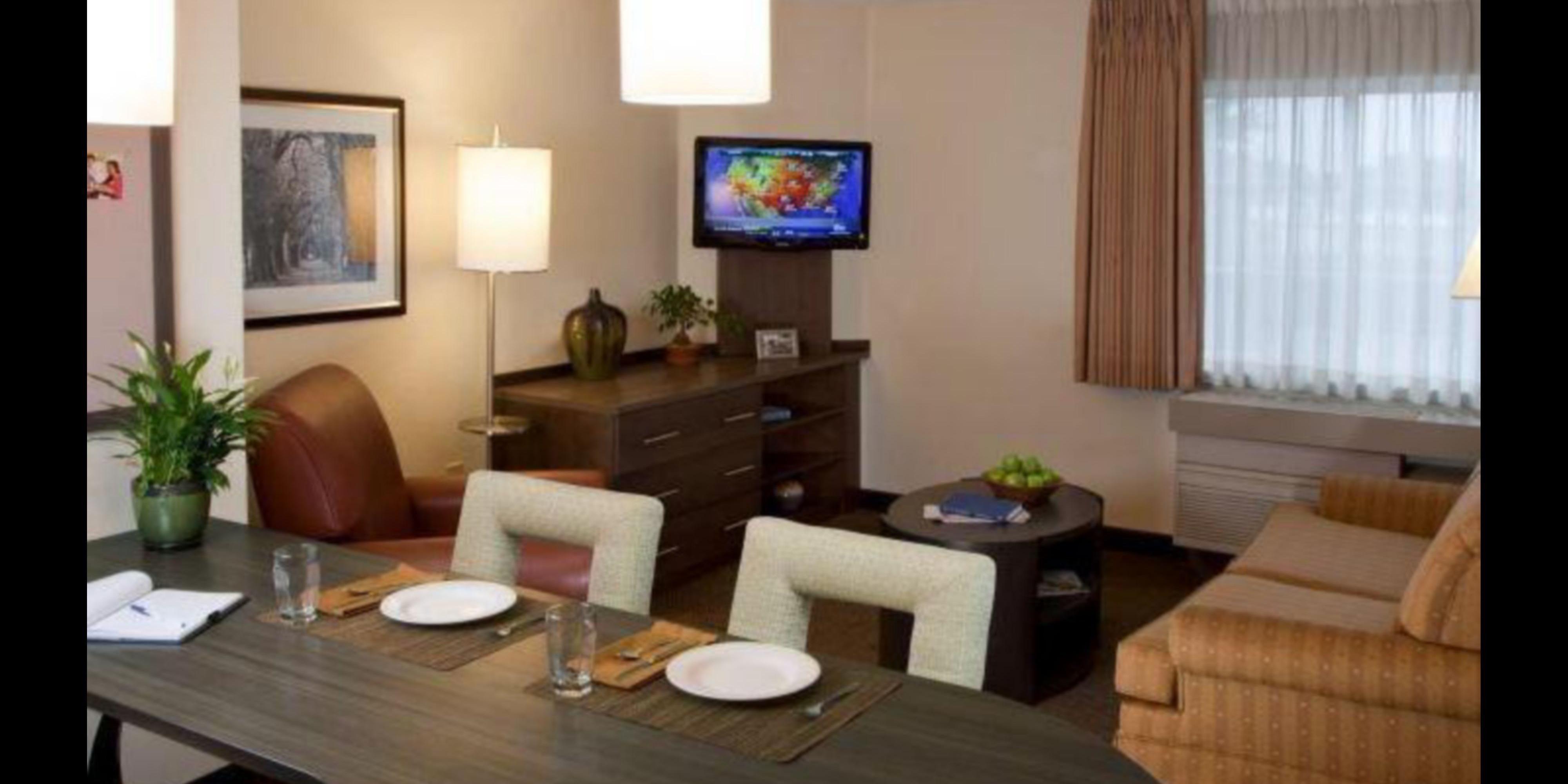 Hotels In Southfield, MI | Candlewood Suites Near Detroit | IHG