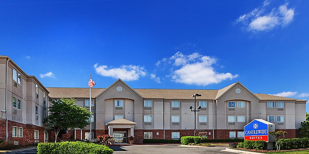Tulsa Hotels: Candlewood Suites Tulsa - Extended Stay Hotel