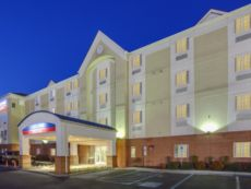 Candlewood Suites Virginia Beach/Norfolk in Norfolk, Virginia
