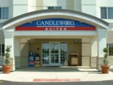 Candlewood Suites Waterloo- Cedar Falls in Waterloo, Iowa
