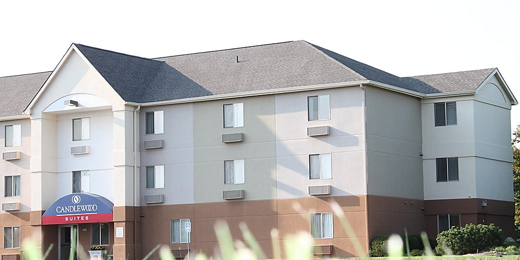 Candlewood Suites Wichita-Northeast - Extended Stay Hotel in Wichita