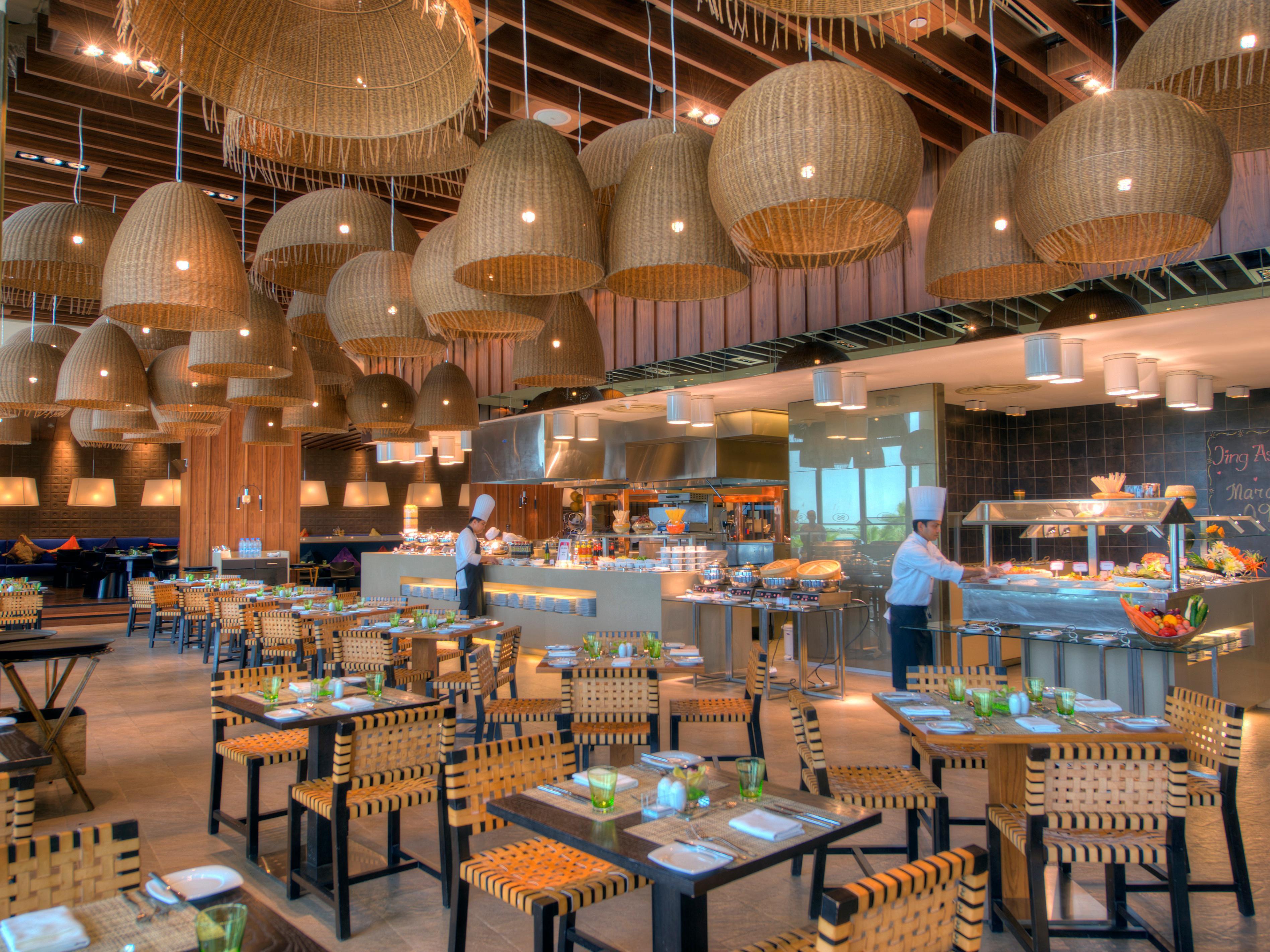 Restaurants Near Abu Dhabi - Yas Island - Crowne Plaza