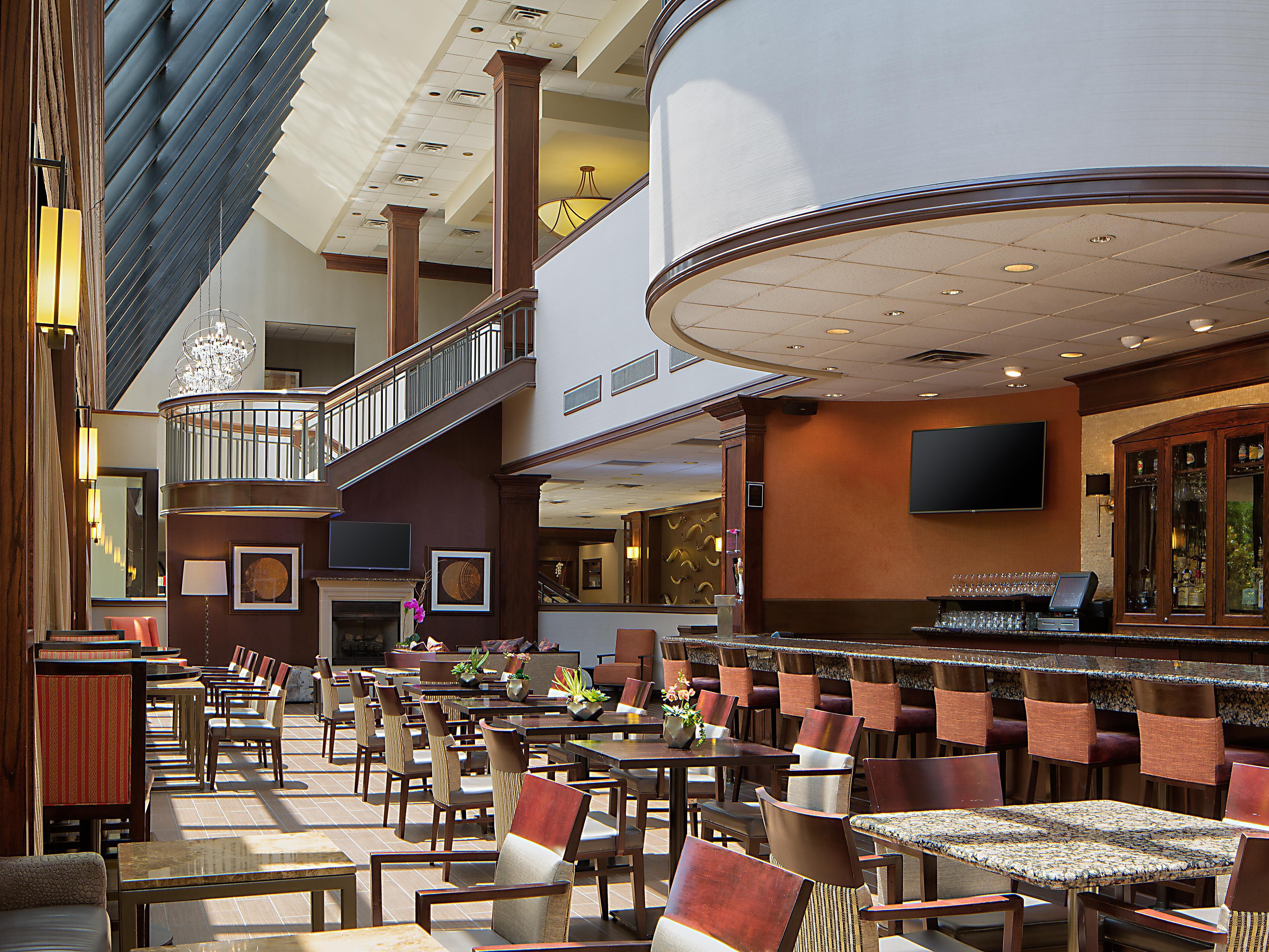 Restaurants Near Addison Crowne Plaza