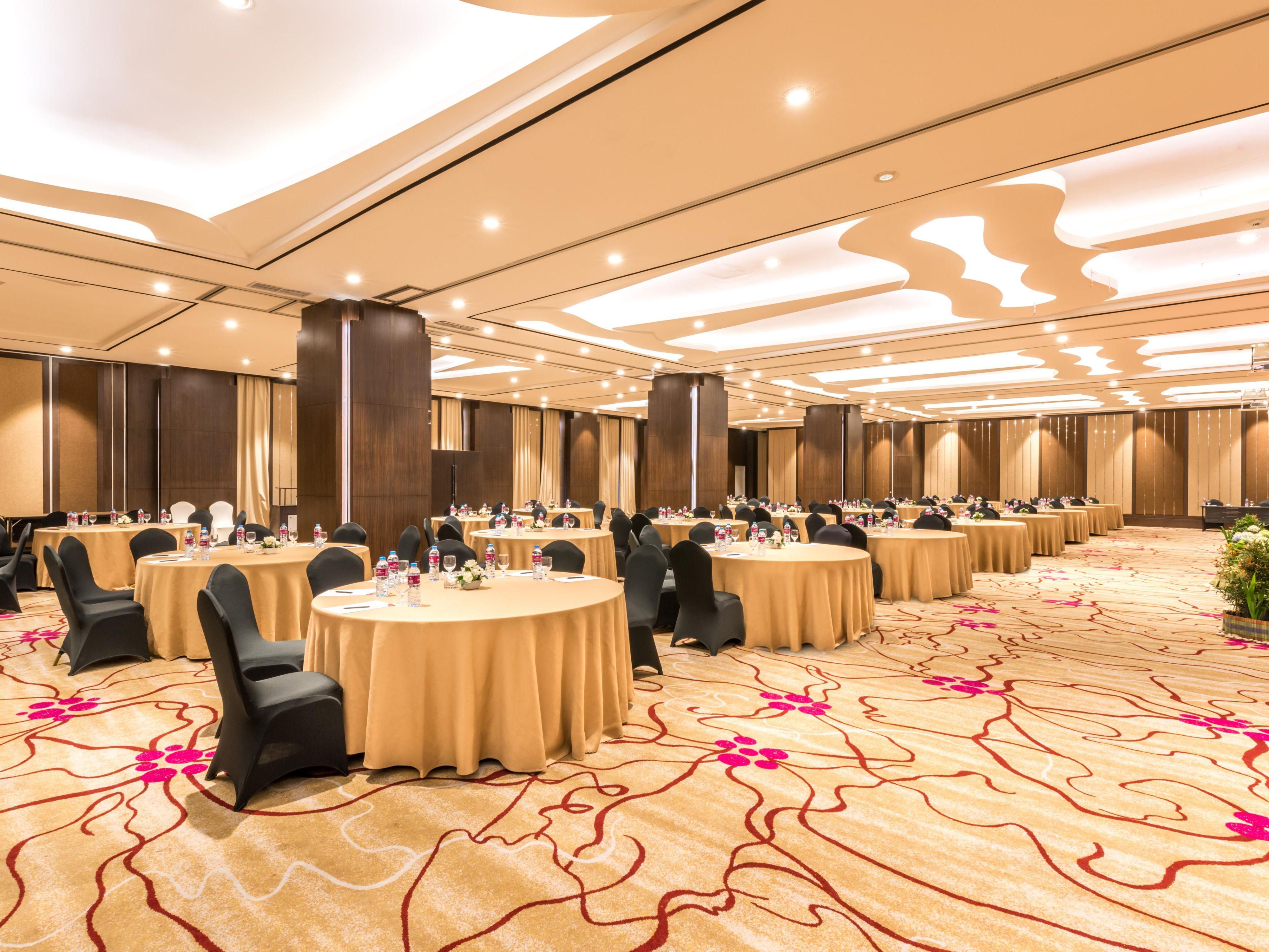 Crowne plaza bandung bandung indonesia hotel ihg groupsandmeetingsphotos junglespirit Images