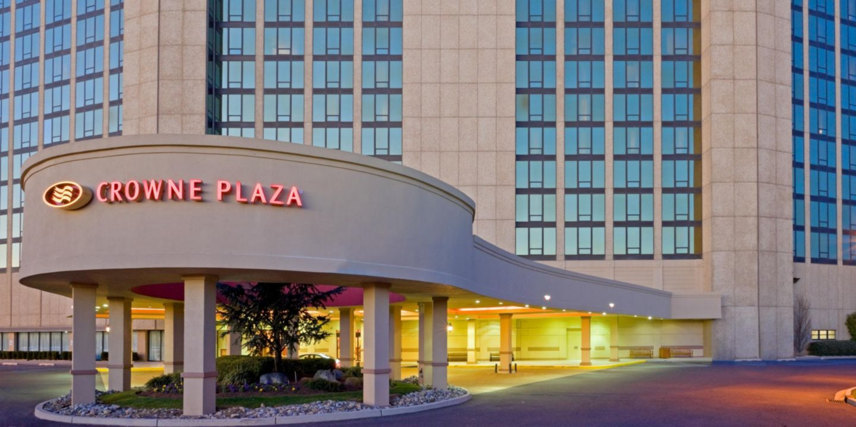 Hotel In Cherry Hill Pa Crowne Plaza Philadelphia New Jersey