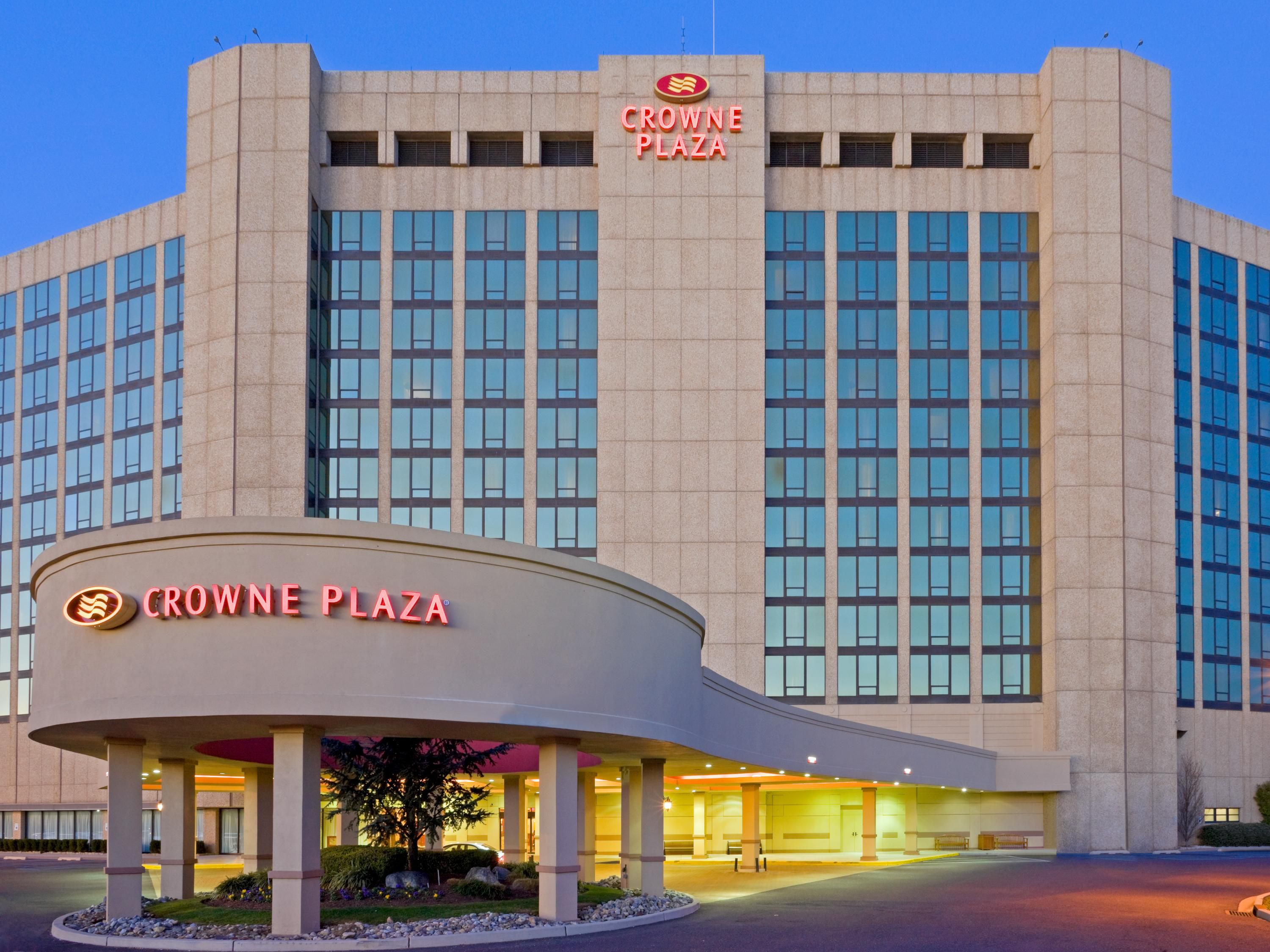 Welcome To The Crowne Plaza Philadelphia Cherry Hill