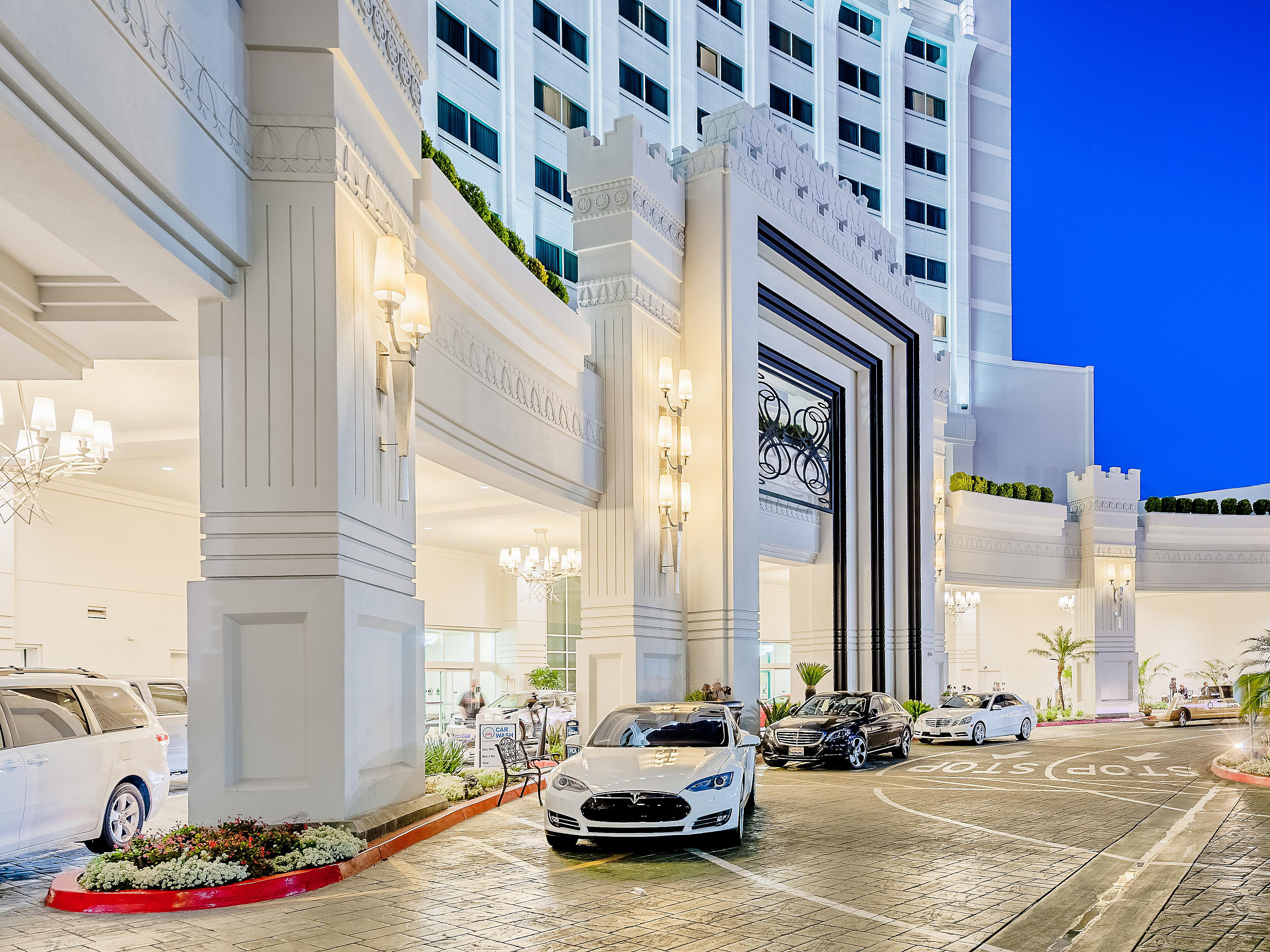 Hotels in Commerce, CA | Crowne Plaza Los Angeles-Commerce