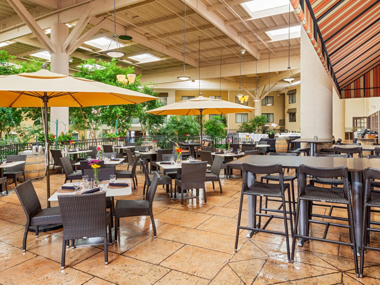 Restaurants Near Concordwalnut Creek Crowne Plaza
