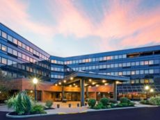 Crowne Plaza Edison in Plainsboro, New Jersey