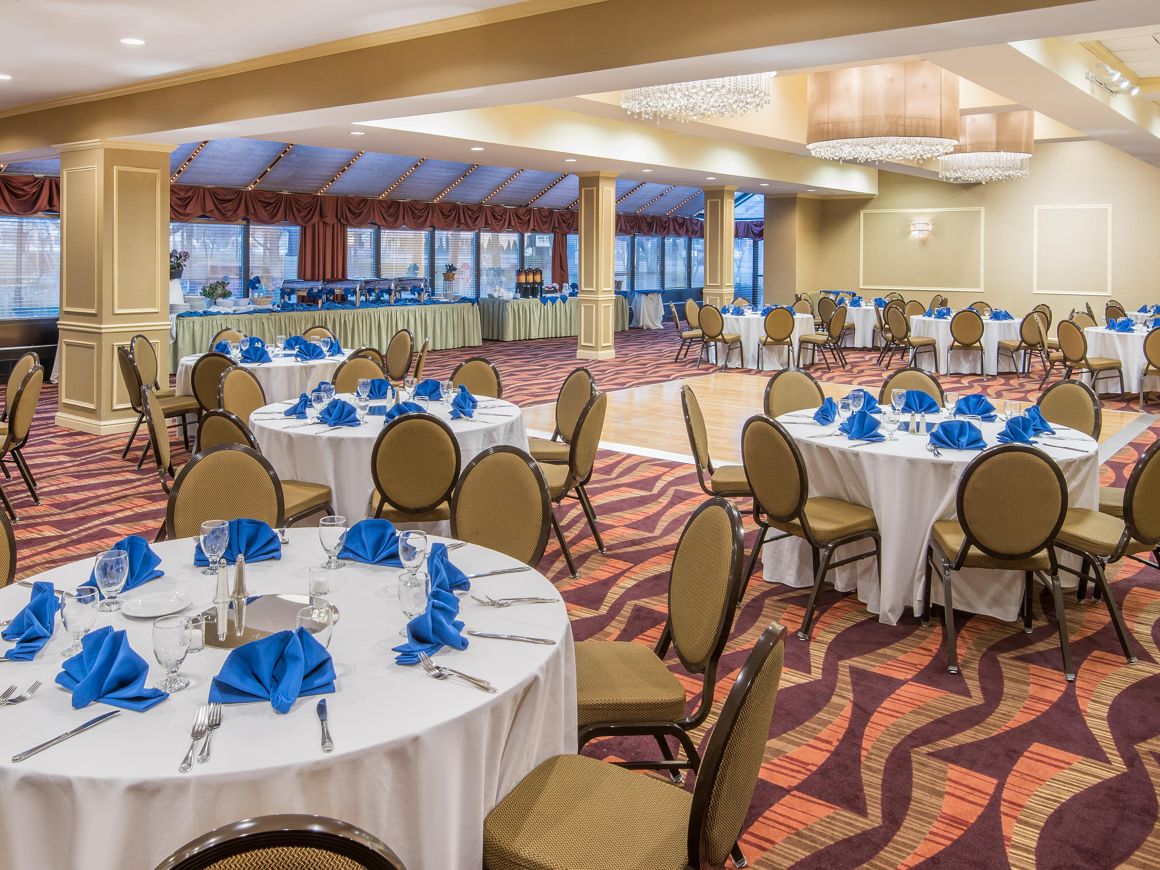 Wondrous Crowne Plaza Edison Hotel Meeting Rooms For Rent In Edison Caraccident5 Cool Chair Designs And Ideas Caraccident5Info