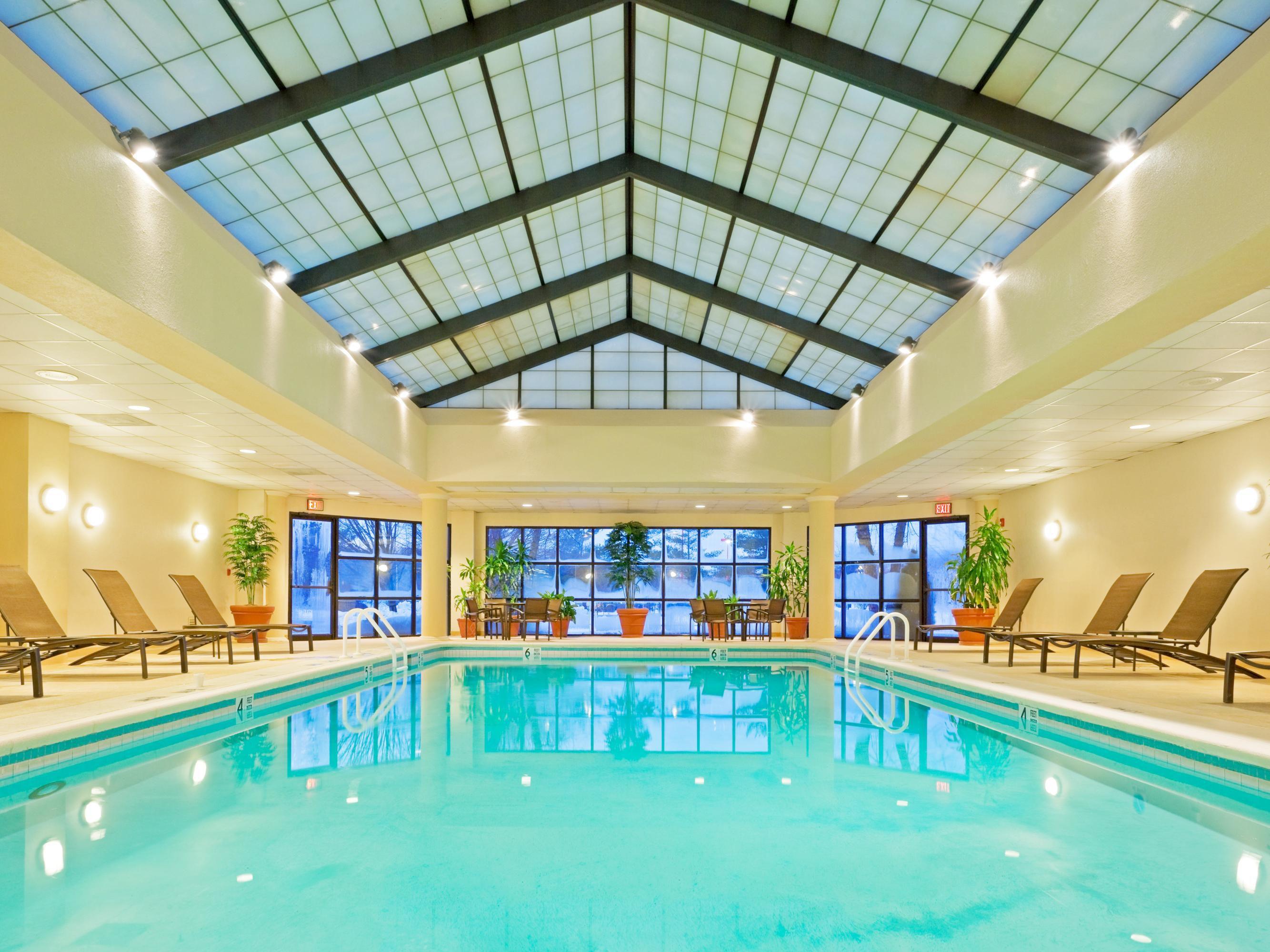 crowne plaza fairfield hotel 2018 world 39 s best hotels. Black Bedroom Furniture Sets. Home Design Ideas