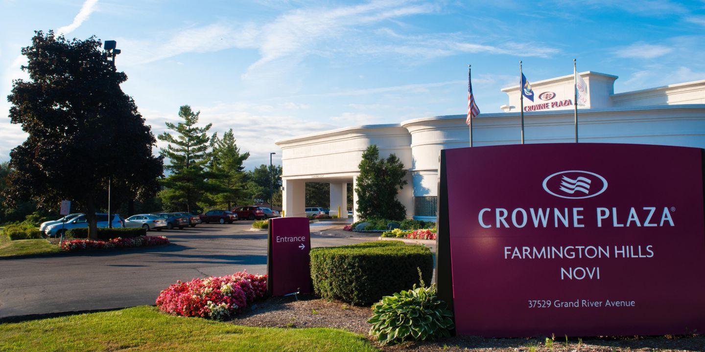 Crowne Plaza Farmington Hills ...