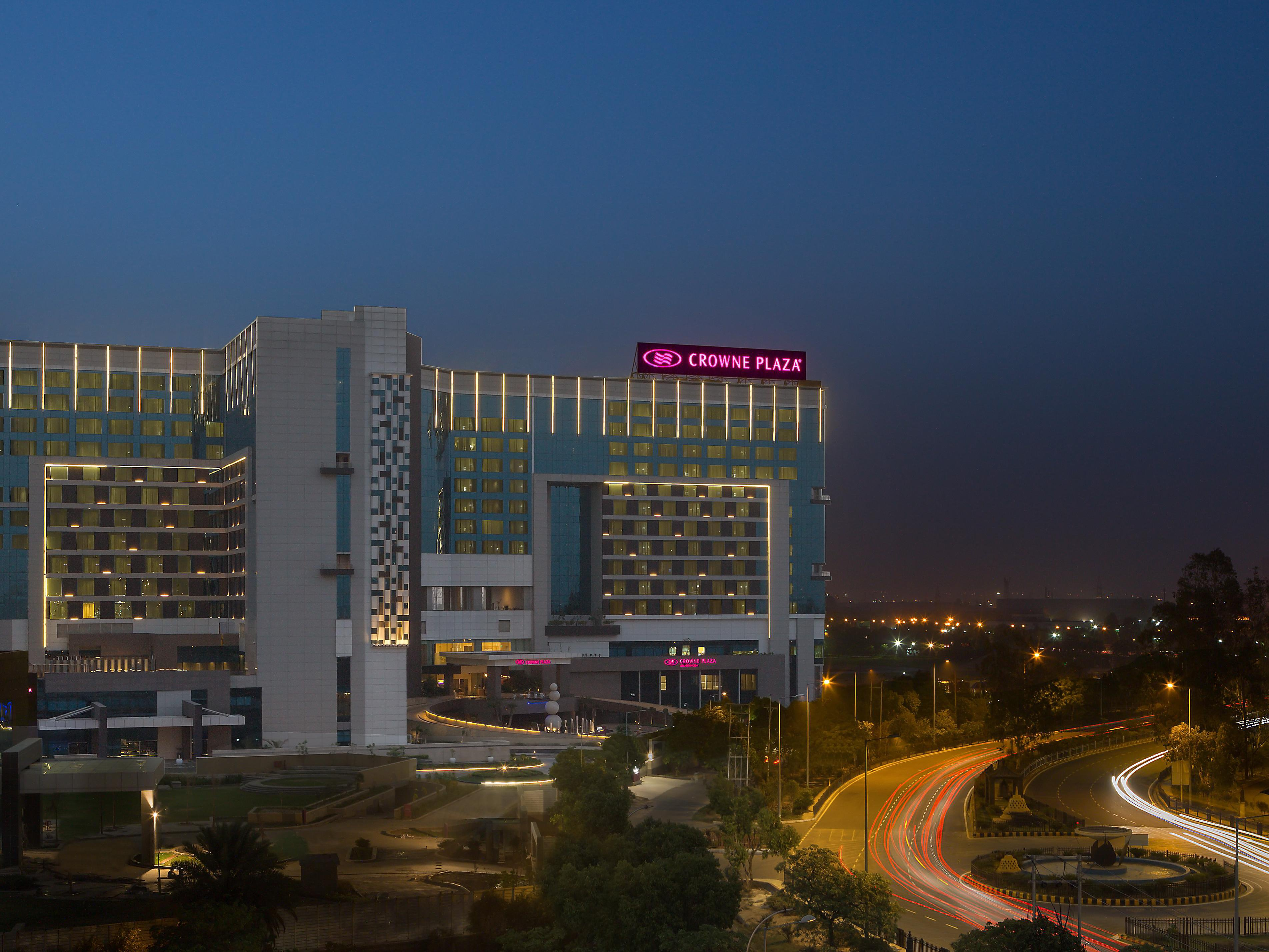 Crowne Plaza Greater Noida Delhi Ncr India