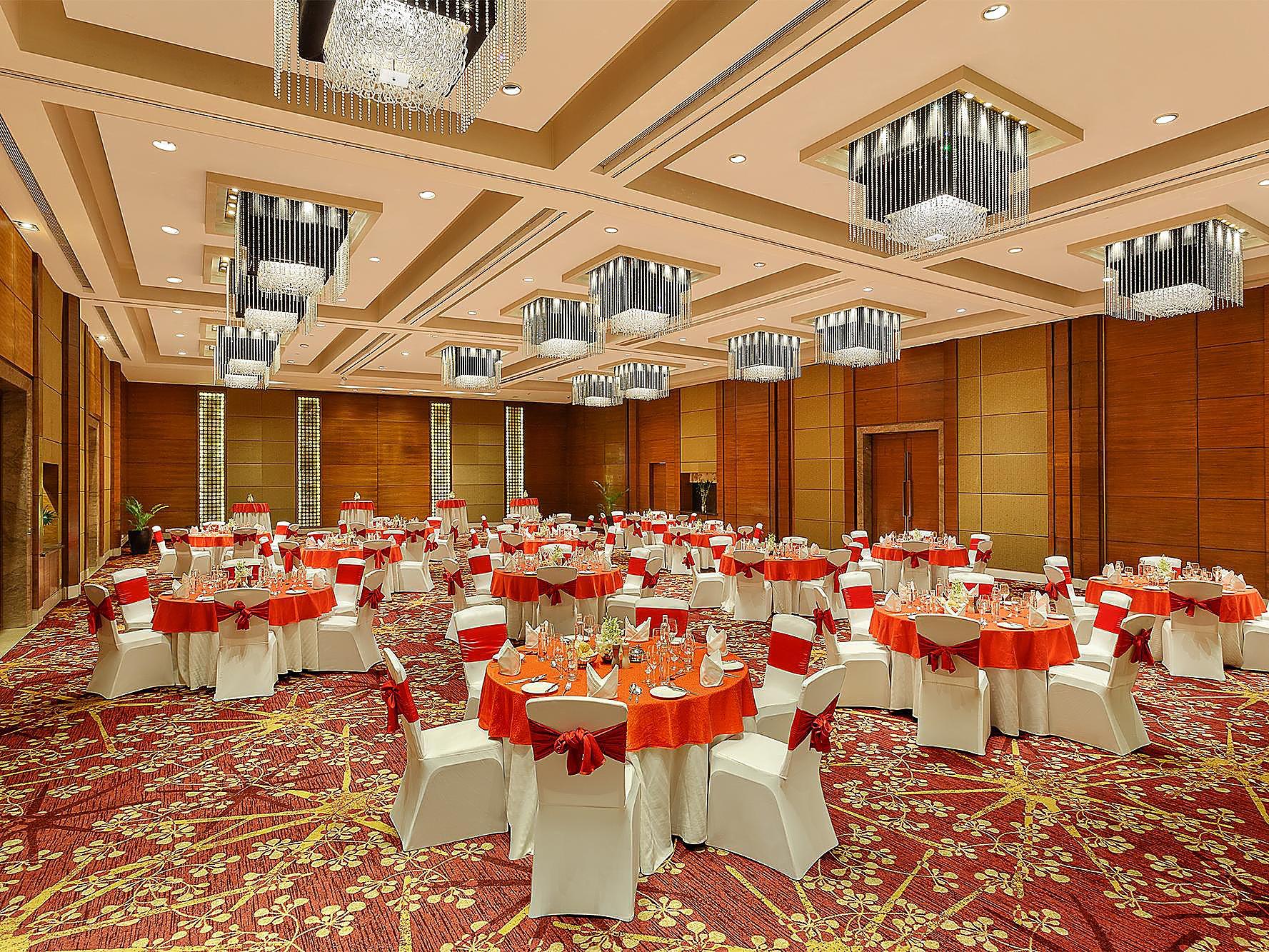 Crowne Plaza Gurgaon - Gurgaon, India Hotel   IHG