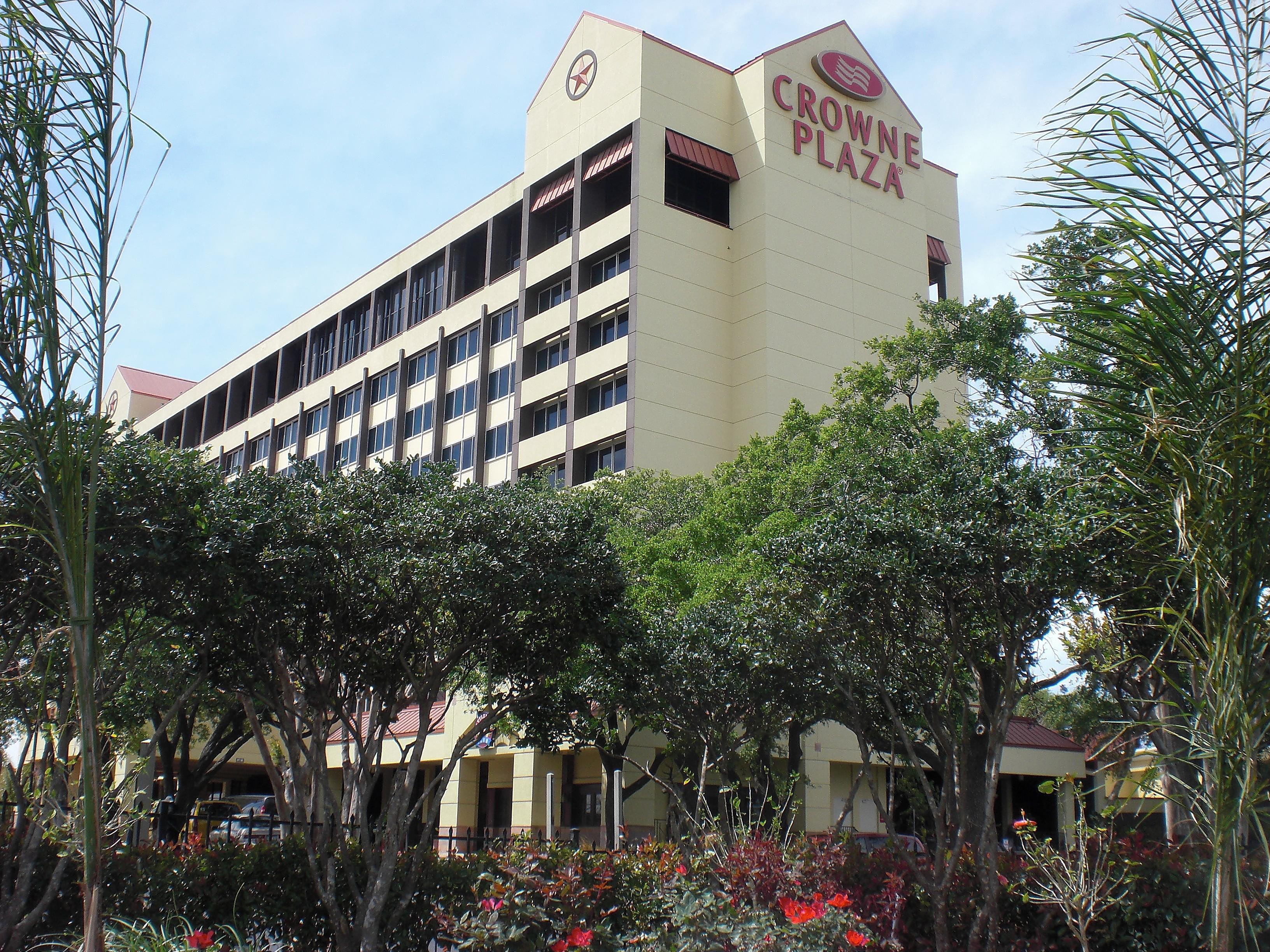 Hotels Near NRG Stadium | Crowne Plaza Houston Near Reliant - Medical