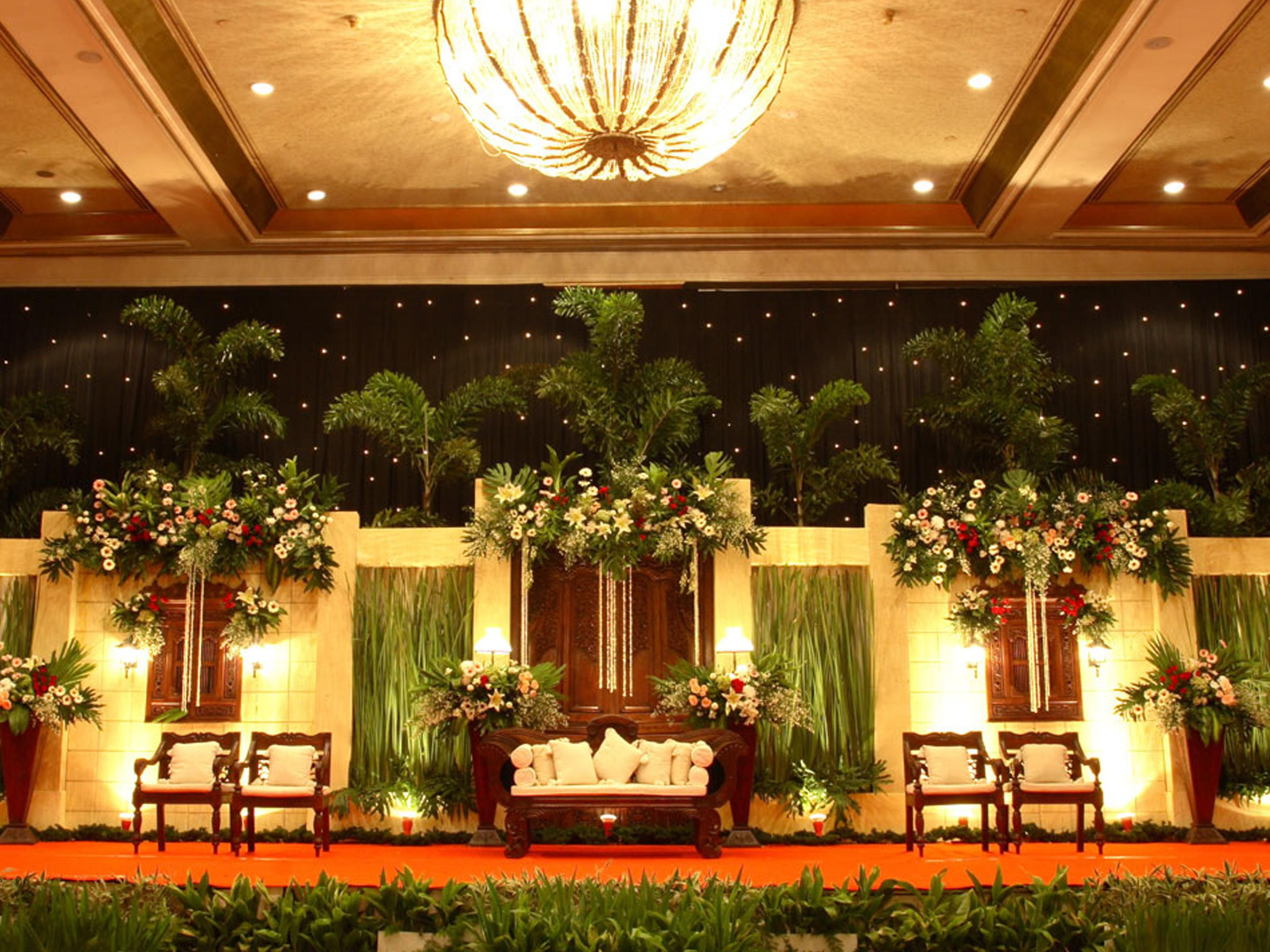 Crowne plaza jakarta hotel meeting rooms for rent ballroom photo junglespirit
