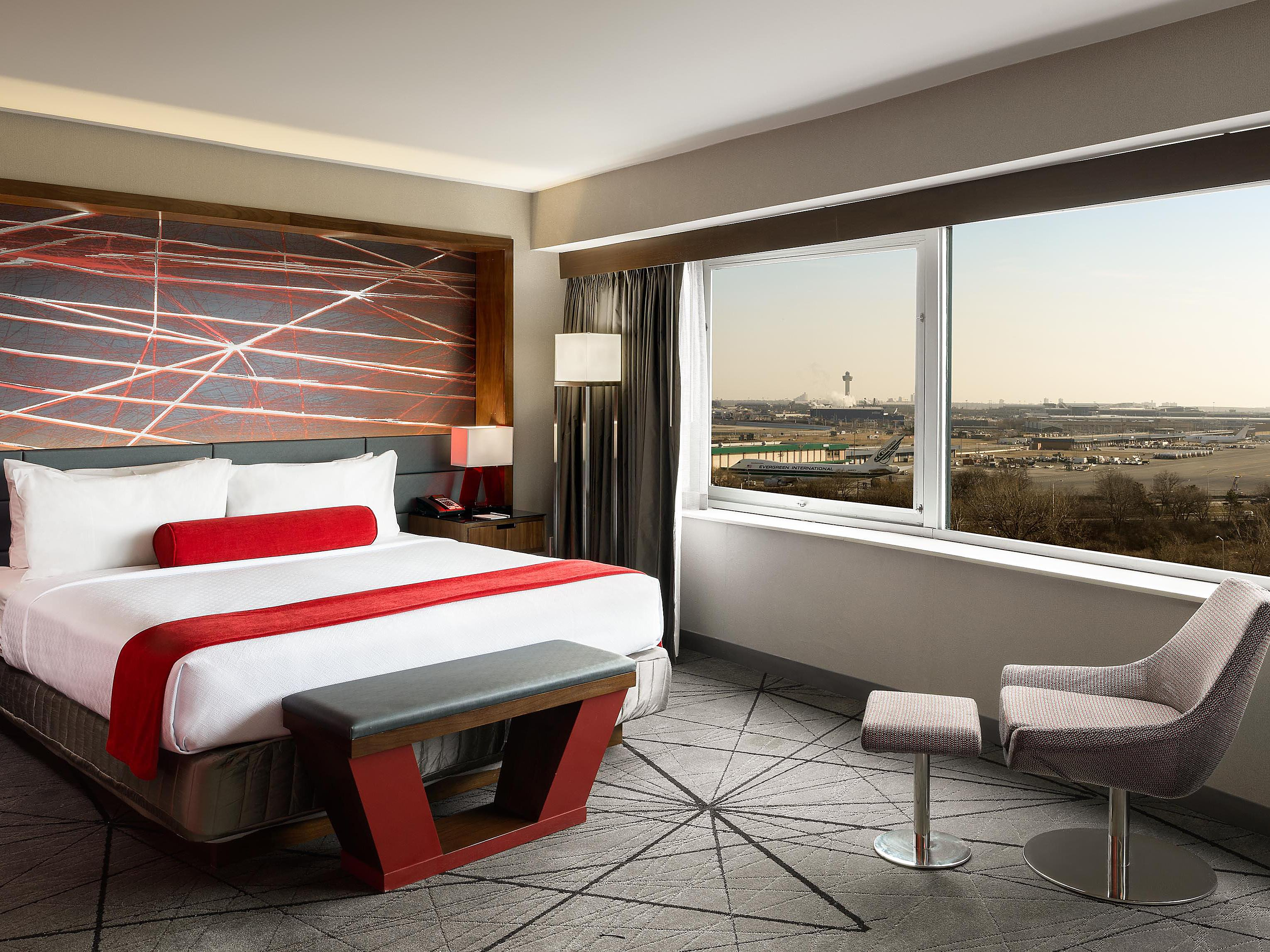 JFK Airport Hotels in Jamaica, Queens | Crowne Plaza JFK Airport NYC